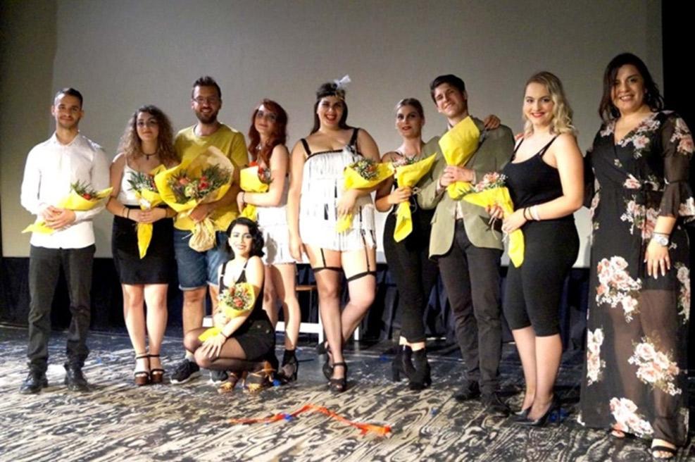 Ηθοποιοί και συντελεστές του Chicago the musical με την ακαδημαϊκή διοίκηση