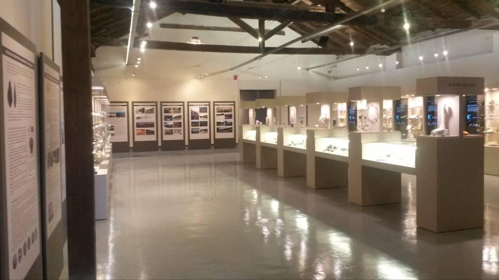 Αριστοτέλειο Μουσείο Φυσικής Ιστορίας Θεσσαλονίκης - Έκθεση «ΤΑ ΟΡΥΚΤΑ ΚΑΙ Ο ΆΝΘΡΩΠΟΣ»